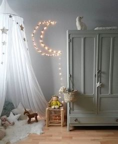 Concepts Get inspired to create an unique bedroom design for children with these lighting inspirations.Get inspired to create an unique bedroom design for children with these lighting inspirations. Baby Bedroom, Girls Bedroom, Canopy Bedroom, Kid Bedrooms, Deco Kids, Kids Room Design, Playroom Design, Little Girl Rooms, Room Interior