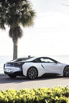 cknd:  BMW i8 viamphclub