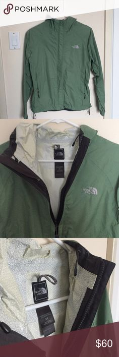 North Face Green Wind Jacket This is a green north Face wind jacket that is perfect for any rainy weather The North Face Jackets & Coats