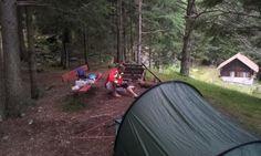 Beim Aufstellen des Nachtlagers Outdoor Gear, Tent, Lineup, Setting Goals, Environmentalism, Store, Tents