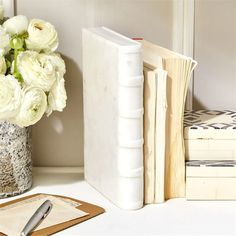 White Marble Decorative Book, incredibly chic and modern home decor. Best gifts for her, modern gift ideas, Christmas gifts, Secret Santa ideas, Christmas presents, girlfriend gifts, gifts for mom. #GiftCreativity