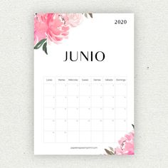 Free Printable 2019 Calendar Yearly One Page Floral - Paper Trail Design Bullet Journal School, Bullet Journal Inspo, Printable Planner, Planner Stickers, Diy Agenda, World Map Wallpaper, Bullet Journal Printables, Diy Gifts For Him, Paper Trail