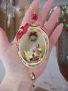 REAL Hand Decorated Carved Egg Christmas Tree Ornament Gift Mouse Quilt Fimo