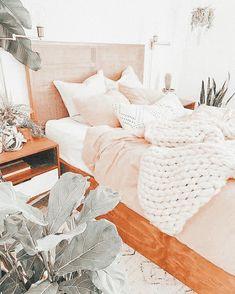Cute Bedroom Decor, Cute Bedroom Ideas, Room Ideas Bedroom, Small Room Bedroom, Bedroom Inspo, Dream Rooms, Dream Bedroom, Cozy Room, Aesthetic Bedroom