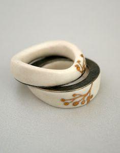 Pilar Cotter, double ring 2009, porcelain, silver