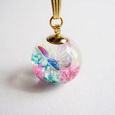 Kawaii Jewelry, Cute Jewelry, Diy Jewelry, Jewelery, Jewelry Design, Jewelry Making, Diy Resin Art, Diy Resin Crafts, Moon Jewelry