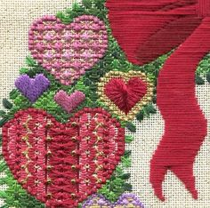 Two-Handed Stitcher: Hearts & Flowers Friday