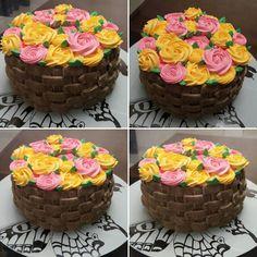Bolo cesta de flores com chantininho