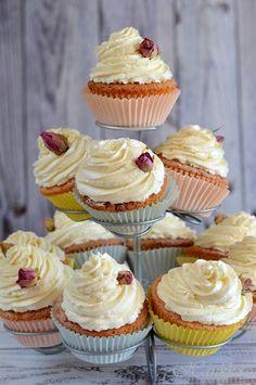 Cheesecake Pops, Breakfast Recipes, Dessert Recipes, Yummy Mummy, Mini Cupcakes, Love Food, Keto Recipes, Food Photography, Food Porn