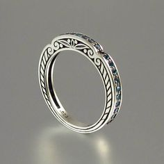 CARYATID ring in sterling silver with London by WingedLion
