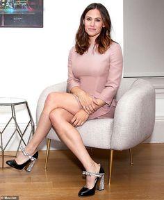 Jennifer Connelly, Jennifer Garner, Celebrity News, Celebrity Style, Celebrity Women, Fashion Dictionary, Sarah Jessica Parker, Hot Actresses, Kim Kardashian