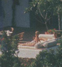 Картинки по запросу princess diana spain topless 1994