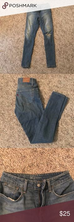 Levi's High Rise Skinny Jeans In great condition, size 24 or 0 Levi's Jeans Skinny