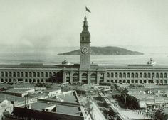 San Francisco Ferry Building back in the day...  Note that the Bay Bridge doesn't exist.