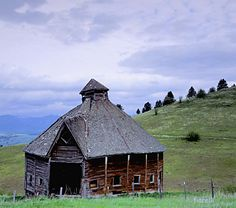150 year old barn in Oregon