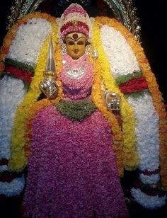 Friday Wishes, Kali Hindu, Hanuman Images, Lord Vishnu Wallpapers, Hindu Mantras, Divine Mother, Great King, Shiva Shakti, Goddess Lakshmi