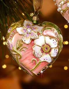 Beautiful ornament by Jay Strongwater