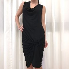 Je viens de mettre en vente cet article  : Robe mi-longue Carla G. 50,00 € http://www.videdressing.com/robes-mi-longues/carla-g-/p-6215719.html?utm_source=pinterest&utm_medium=pinterest_share&utm_campaign=FR_Femme_V%C3%AAtements_Robes_6215719_pinterest_share