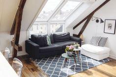 LYST: - Jeg setter ekstremt stor pris på lyset og vinduene i denne leiligheten, jeg er så avhengig av dagslys for å trives , men også for å ta fine bilder til jobben min. Foto: Ole Martin Halvorsen