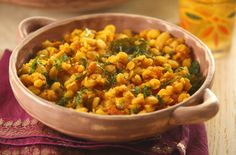 A simple Channa dahl recipe for you to cook a great meal for family or friends. Buy the ingredients for our Channa dahl recipe from Tesco today. Veggie Recipes, Lunch Recipes, Indian Food Recipes, Vegetarian Recipes, Healthy Recipes, Ethnic Recipes, Indian Foods, Veggie Meals, Healthy Meals