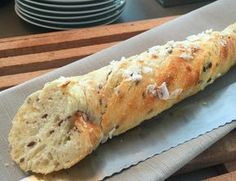 Gullmarsstrand 5 dl kaldt vann 50 g gjær* dl linfrø* 700 g mel I Love Food, Good Food, Yummy Food, Bread Recipes, Baking Recipes, Dessert Restaurants, Norwegian Food, Bread And Pastries, Bread Baking