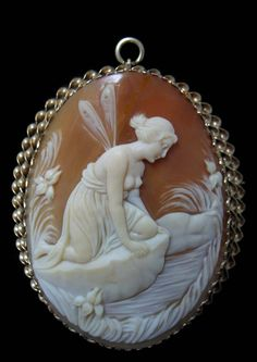 ☼ ۞ Large 14K Goddess Psyche Finds A Pool - Shell Cameo Brooch Pendant_A Theme from the Ancient Greek Mythology_