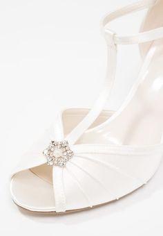 Pedir  Paradox London Pink PERFUME - Zapatos de novia - ivory por 129,95 € (30/08/17) en Zalando.es, con gastos de envío gratuitos.