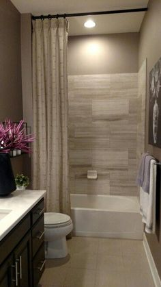 47 Amazing Guest Bathroom Makeover Ideas is part of Basement bathroom Simple Decorate the Bathroom image source profissaomae com Probably if you will have some extra cash for some remodeling that - Bathroom Renos, Bathroom Renovations, Home Remodeling, Bathroom Layout, Shower Bathroom, Bathroom Tray, Shower Rod, Guest Bathroom Colors, Budget Bathroom