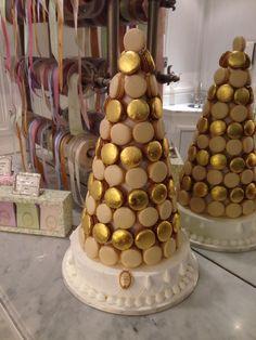Macarons pyramid