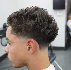 Swag Hairstyles, Mens Hairstyles With Beard, Hair And Beard Styles, Straight Hairstyles, Short Hair Styles, Temp Fade Haircut, Boys Fade Haircut, Taper Fade Haircut, Blowout Haircut