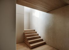 Stair Well, Chalet Interior, Scandi Style, Staircase Design, Oslo, Stairways, House Tours, Interior Architecture, New Homes