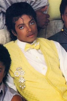 One of my fave MJ posters was him posing in this outfit...LOVE!