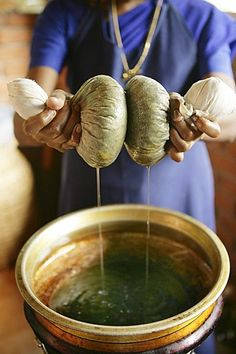 Massage technique using herb pouches, Somatheeram Ayurveda Resort, traditional Ayurvedic medicine spa resort in Trivandrum, Kerala, India, Asia