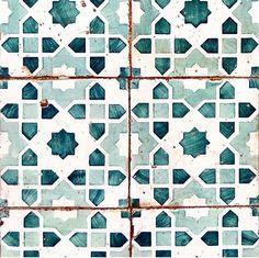 Via @laguna.and.co Moroccan tile pattern Aqua and teal