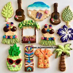 One Dozen Luau Sugar Cookies Luau Cookies, Summer Cookies, Order Cookies, Luau Party, Aloha Party, Tiki Party, Beach Party, Cookie Designs, Cookie Ideas