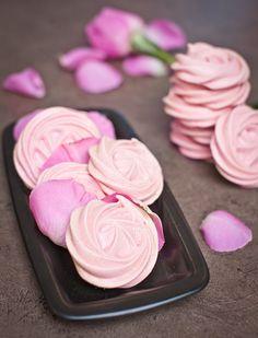 Pusinky zase trochu jinak? Zkuste přidat malinovou marmeládu!; Greta Blumajerová Pavlova, Ham, Treats, Sweet, Food, Bliss, Kitchen, Sweet Like Candy, Candy