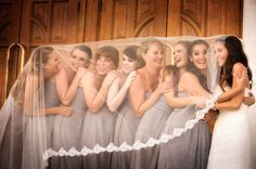 17 quirky photos to take with your bridesmaids on your big day!