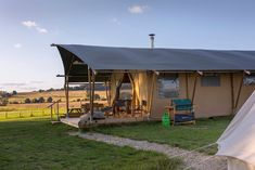 Campsites in , Campsites and Caravan sites in the UK ( England, Wales and Scotland ) & Ireland, Book direct with the site owners. Glamping Uk, Kent England, Rye, Campsite, Touring, Countryside, Gazebo, Ireland, Places To Go