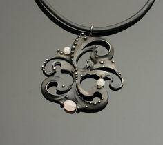 1198-necklace-3-212-17-rose-quartz-275-e.jpg (2000×1794)