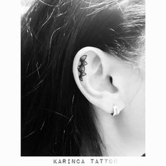 Minimal Flowers on the ear http://instagram.com/karincatattoo #eartattoo #ear #tattoo #tattoos #minimal #tattooed #small #design #tattooartist #tattooer #tiny #flower #botanical #dövme #dövmeci #istanbul #kadıköy #acıbadem #turkey