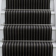 Black Stairs Modern Rugs Ideas For 2019 Painted Staircases, Painted Stairs, Wooden Stairs, Carpet Staircase, Hall Carpet, Rugs On Carpet, Carpet Treads, Staircase Ideas, Black And White Stairs
