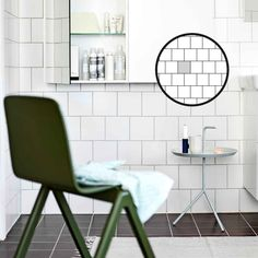Esittelemme kaikki laattojen ladontamallit | Meillä kotona Tiles, Layout, Flooring, Chair, Furniture, Home Decor, Pattern, Room Tiles, Decoration Home