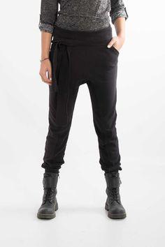 Pantalone in felpa con fascia alta e cavallo basso. Acquista subito >> http://www.scorpionbay.com/it/store/donna/pantaloni/pantalone-105640