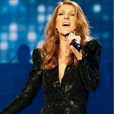 Celine Dion, Love Her, Diva, Dresses With Sleeves, Actresses, Dremel, Long Sleeve, Music, Sculpture