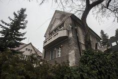 Jurkovičova vila na Lermontovovej ulici Le Corbusier, Bratislava, Tower, Mansions, Architecture, House Styles, Arquitetura, Rook, Computer Case