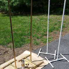 Making balloon column stands out of pvc pipe and spraying them gold.