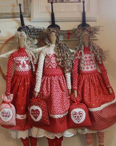 "370 Me gusta, 15 comentarios - Anna Yakushenko (@annysdolls) en Instagram: ""Рождественские ангелы в наличии ❤️ For sale. #tilda #dolls #handmade #embroidery #вышивка…"""