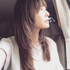 How is today's shooting? Hairstyle looks longer than yesterday ( ) Hair Styles 2016, Medium Hair Styles, Long Hair Styles, Mullet Hairstyle, Hairstyle Look, Hairstyles With Bangs, Pretty Hairstyles, Hair Inspo, Hair Inspiration