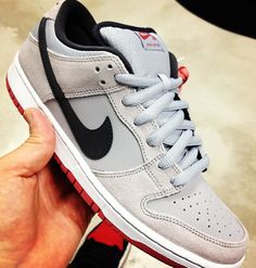 Nike SB Dunk Low Grey/Black-Red---tiiight!