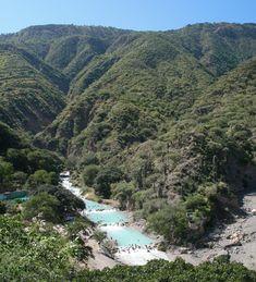 Excursión a las grutas de Tolantongo - http://revista.pricetravel.com.mx/ecoturismo/2016/11/25/excursion-a-las-grutas-de-tolantongo/